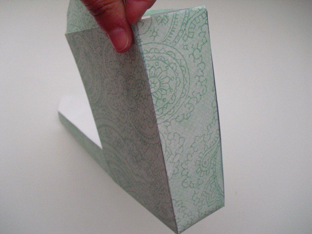 paso 12 cajita envelope