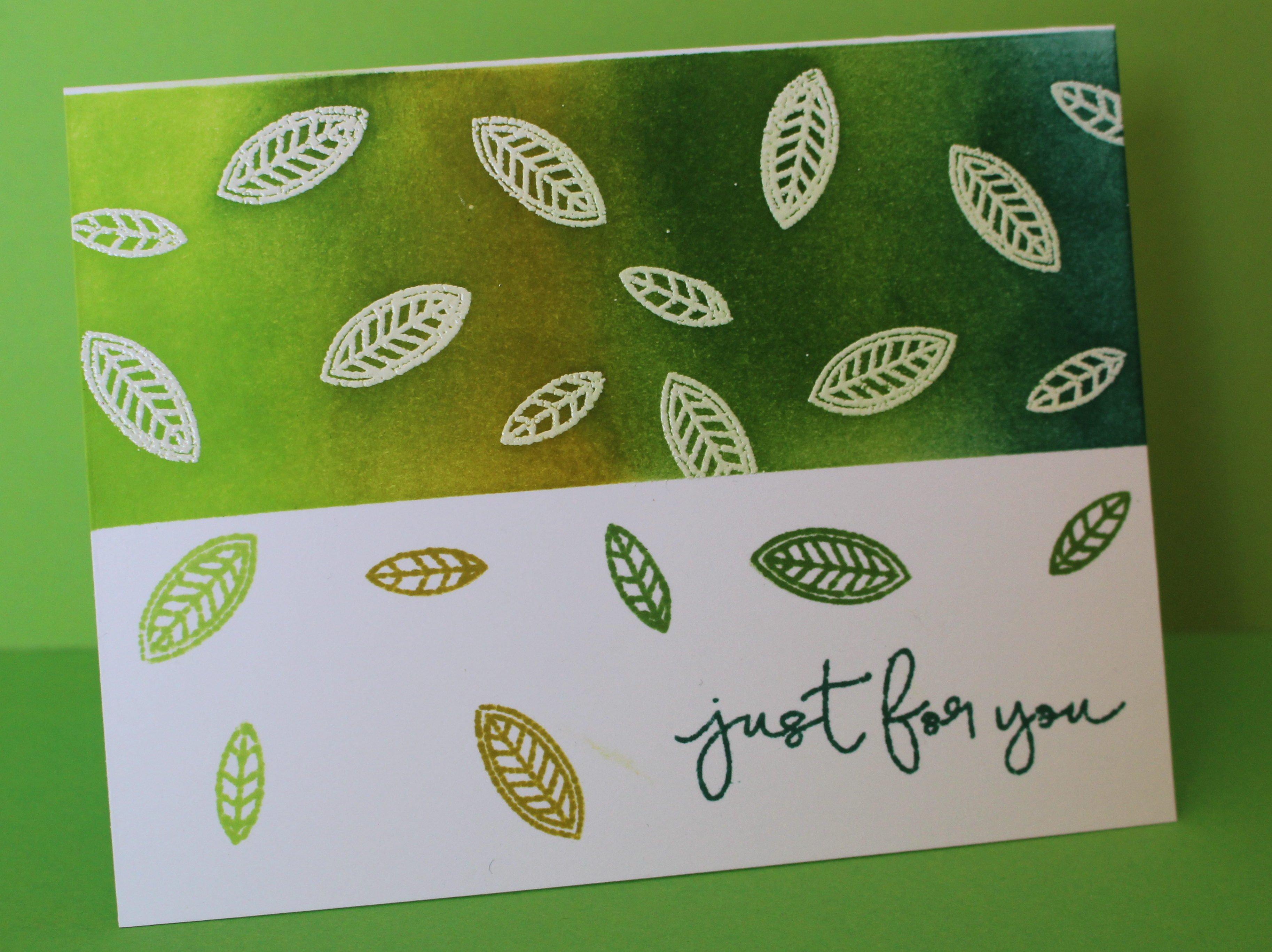 Tarjeta de hojas con embossing y distress